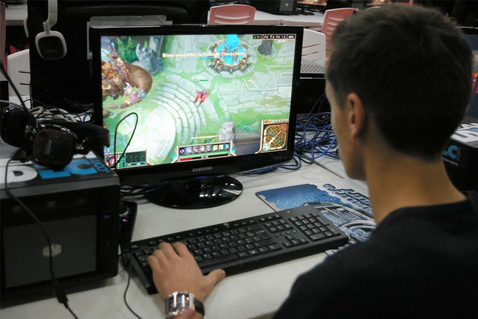 gamer casual